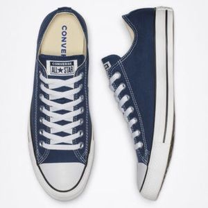 Converse all star sneakers size women's 8